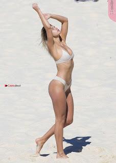 Kristina-Mendonca-203+%7E+SexyCelebs.in+Exclusive.jpg