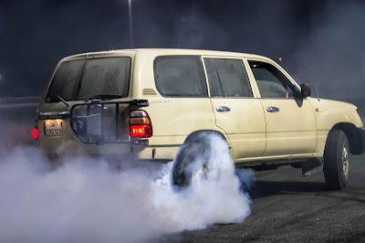SUV Drifter killing tyres