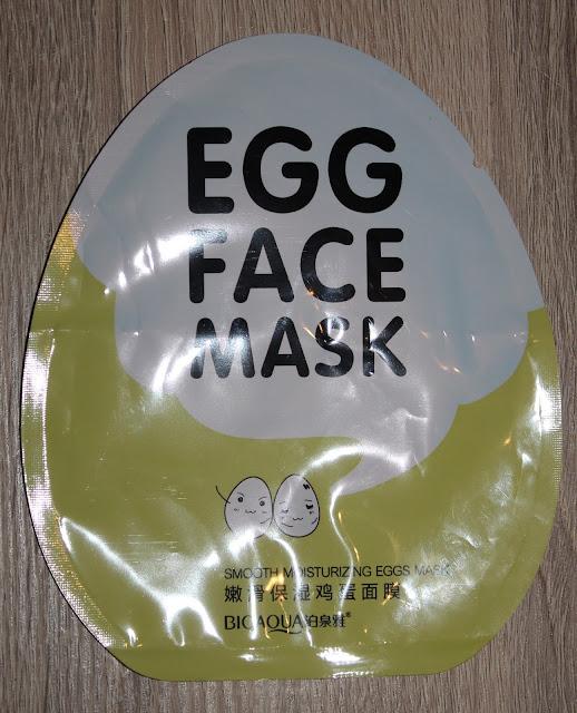 Verpakking in eivorm van een sheetmasker