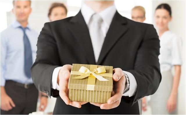 yeni iş hediyeleri