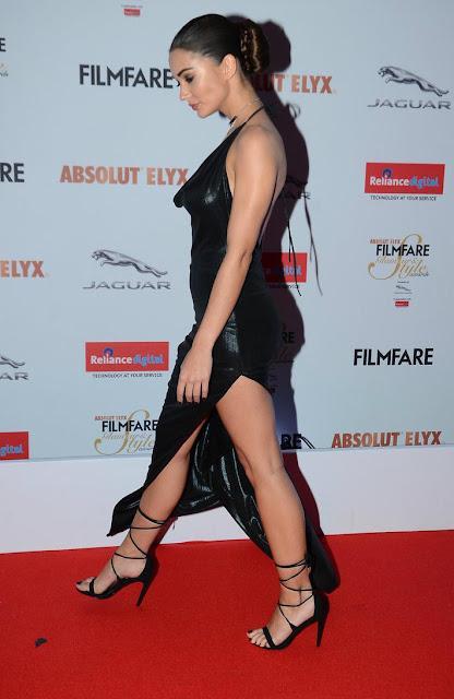 Amy jackson hot at filmfare style awards 2016 photos