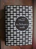http://steffis-und-heikes-lesezauber.blogspot.de/2016/02/rezension-wie-schnee-so-wei-marissa.html