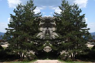 simetría, surrealismo, surreal, rocas, piedras, gigantes, formas, fantasmagóricas, imaginación,