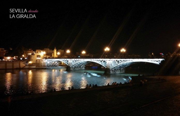 Puente de Triana por la noche