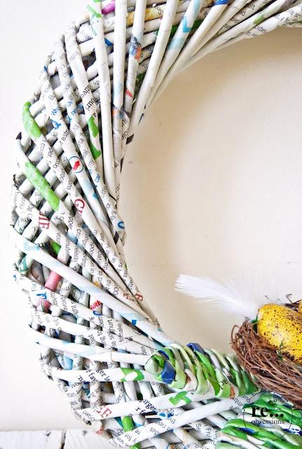 easter wreath, easter decoration, recycle, upcycle, newspaper weaving, wucker paper, paper wicker, papierowa wiklina, wianek wielkanocny, dekoracje wielkanocne