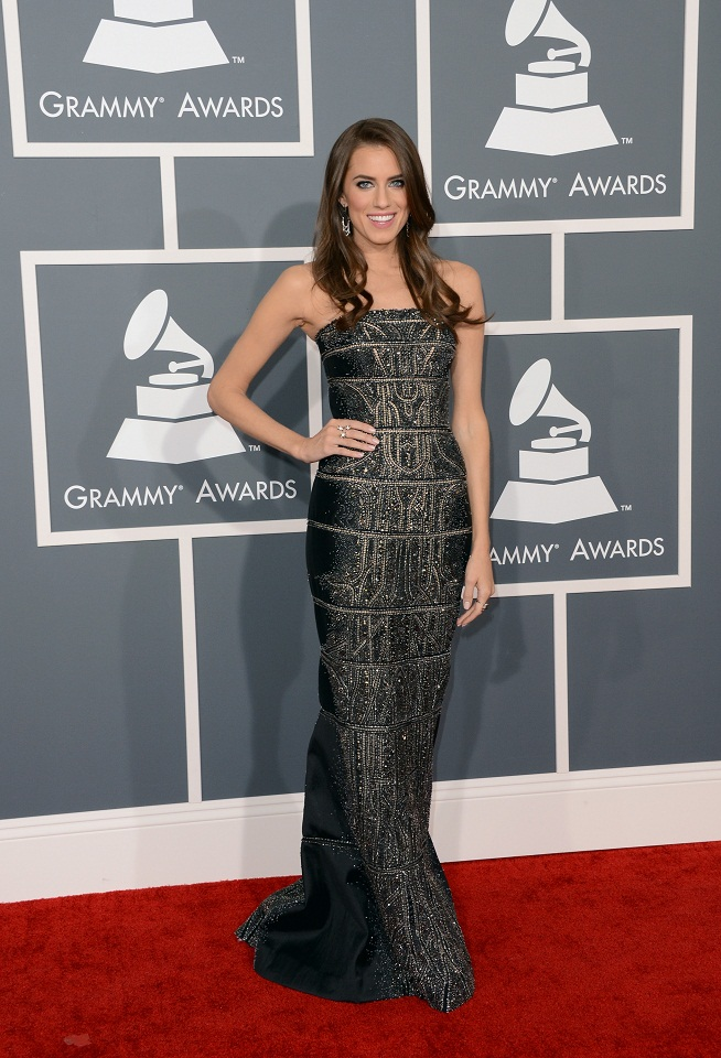Allison Williams wears a black diamond encrusted strapless column dress at the 2013 Grammy Awards in LA