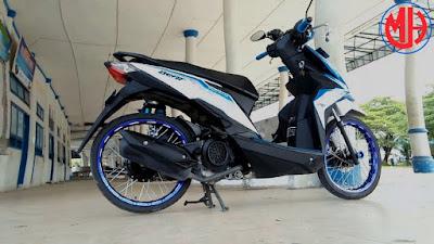 Modifikasi Honda Beat 2018 Jari Jari Putih Velg Biru