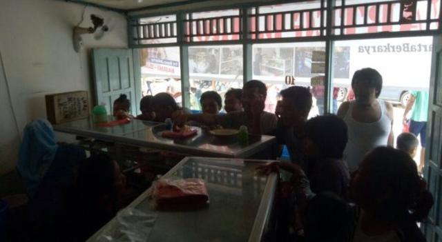 Pasar Ikan Tak Banjir Lagi, Pemilik Warteg Gratiskan Makanannya