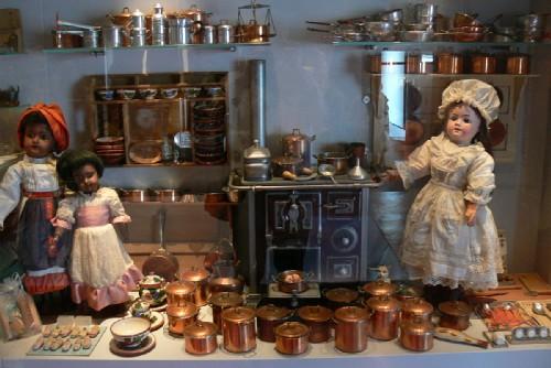 museo delle bambole angera