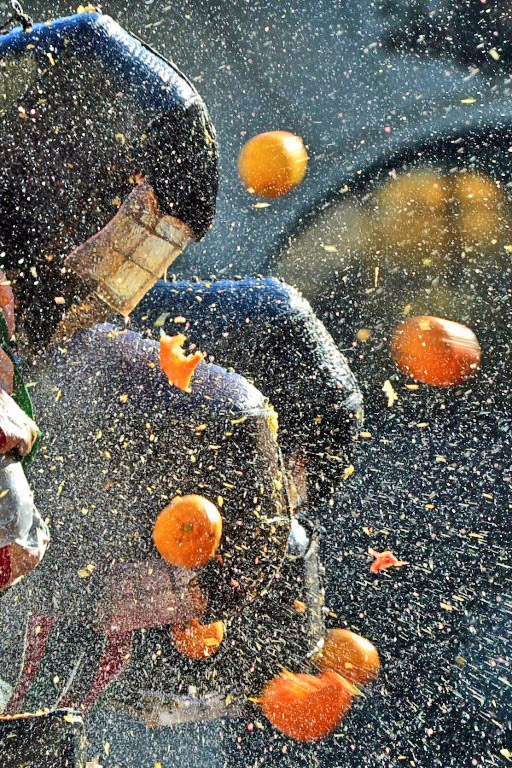 Italien: Orangenschlacht an Karneval   Gerrys Blog