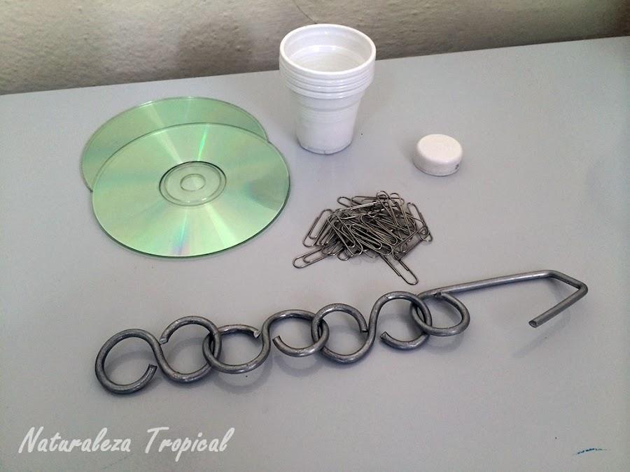 Materiales para realizar el sonajero de plantas