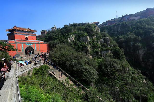 Monte y Templo Tai, China
