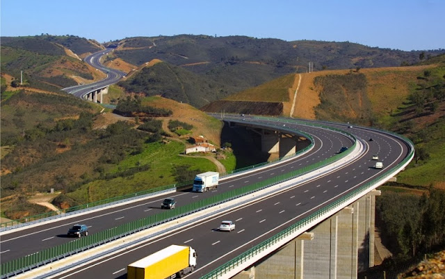 Alugar carro em Guimarães e em Portugal