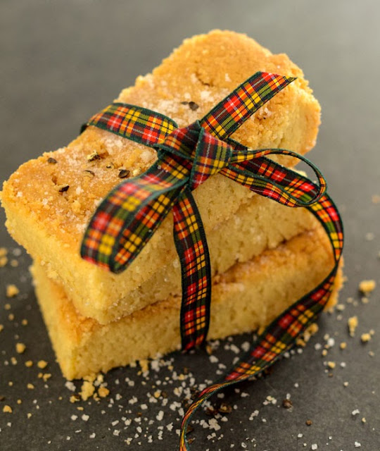 salt and pepper scottish shortbread fingers