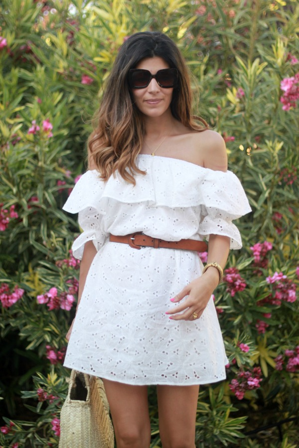 vestido blanco, vestido hombros al aire, look diario