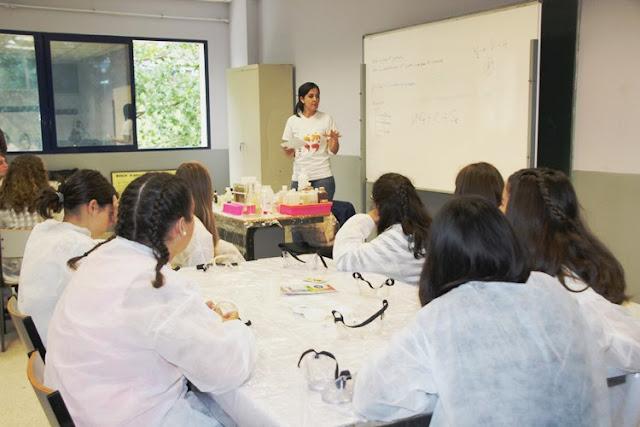 Talleres científicos de Fundación Repsol en Muskiz y Abanto