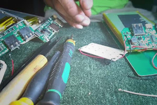 cara memperbaiki port charger hp yang rusak
