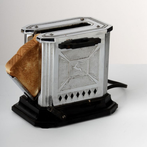 The Edison General Electric Hotpoint Gazelle Toaster, 1930s