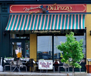 Restaurant Impossible Del's Restaurant