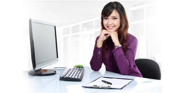 Agar Tetap Sehat Meski Bekerja di Depan Komputer Setiap Hari
