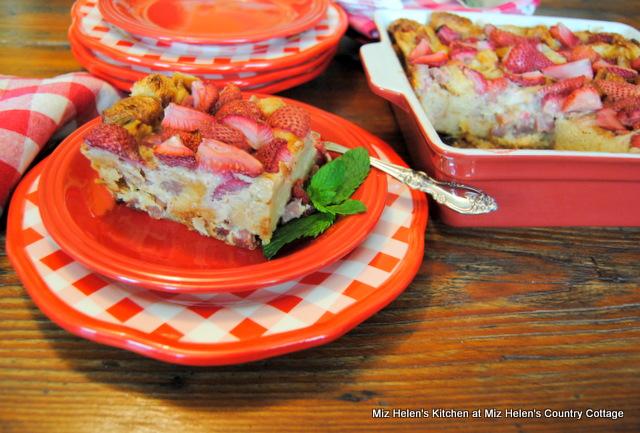 Strawberry Breakfast Bake at Miz Helen's Country Cottage