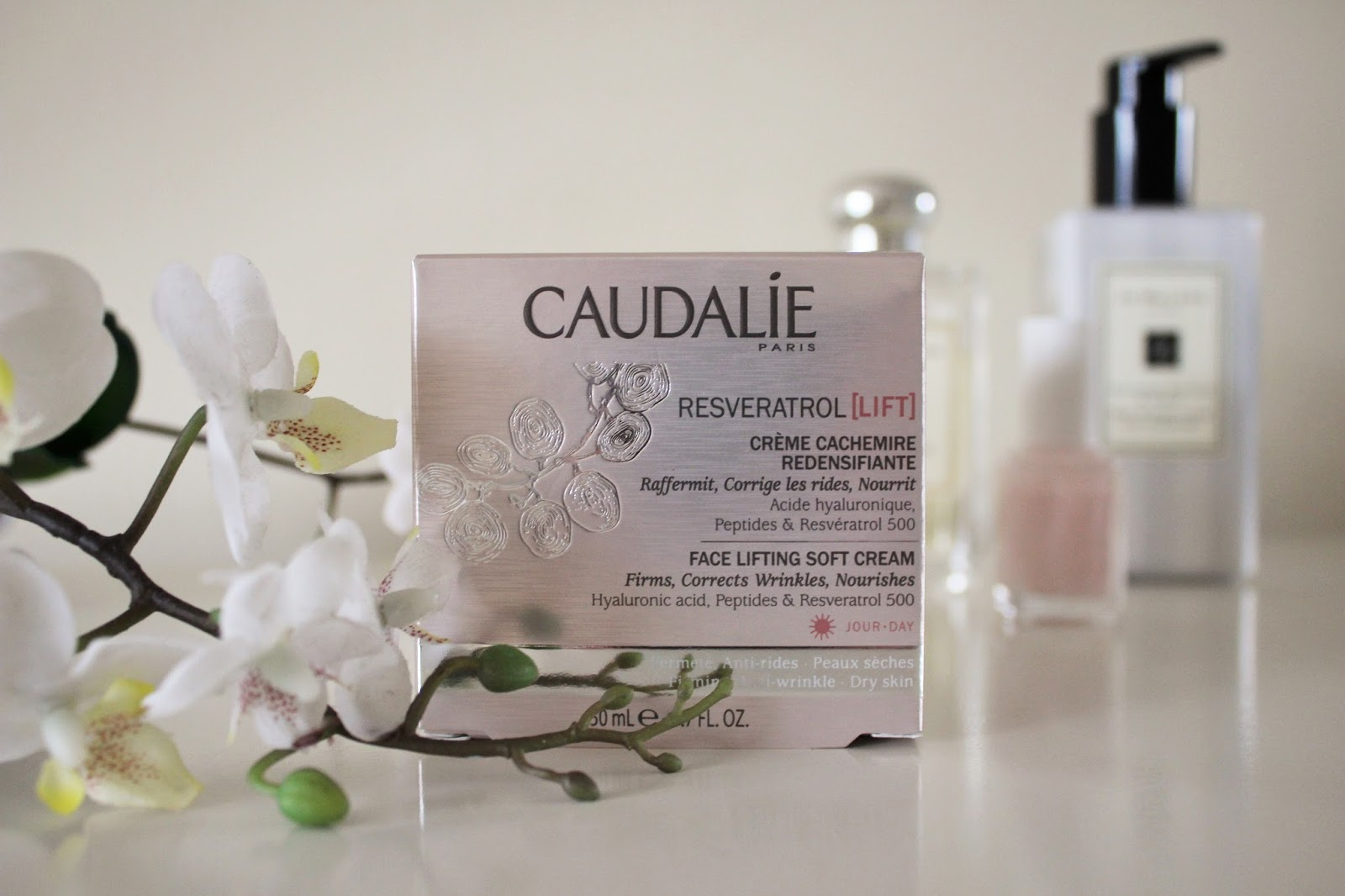 Caudalie Resveratrol Lift Face Lifting Soft Cream Review 5