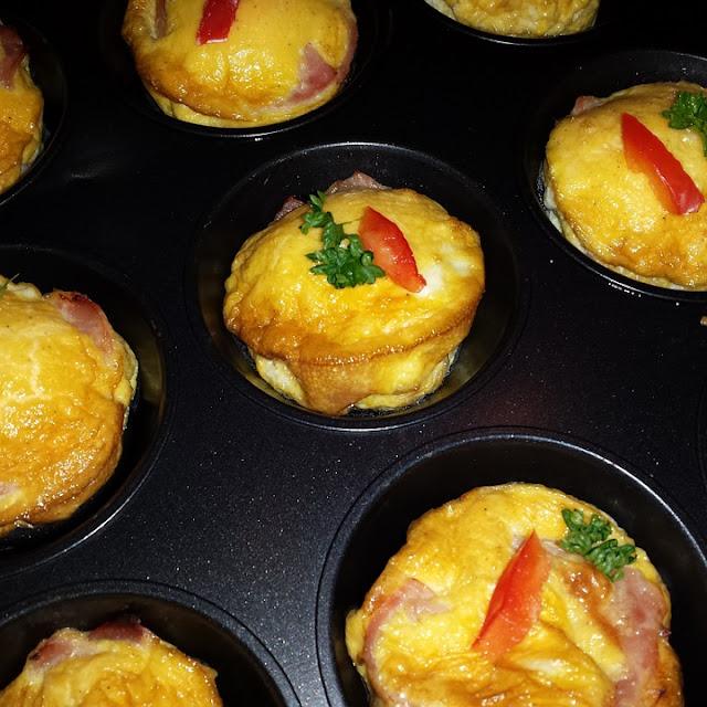 Ham and Cheddar Lunch Box Muffins RVrecipes