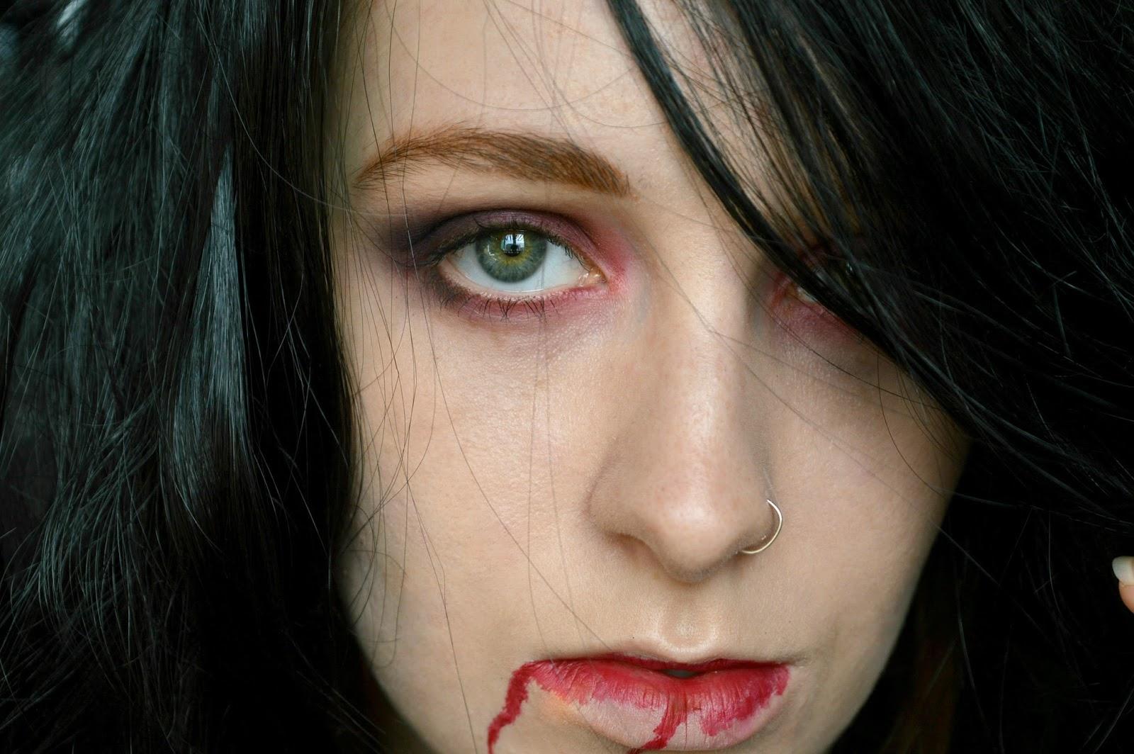 vampire halloween look