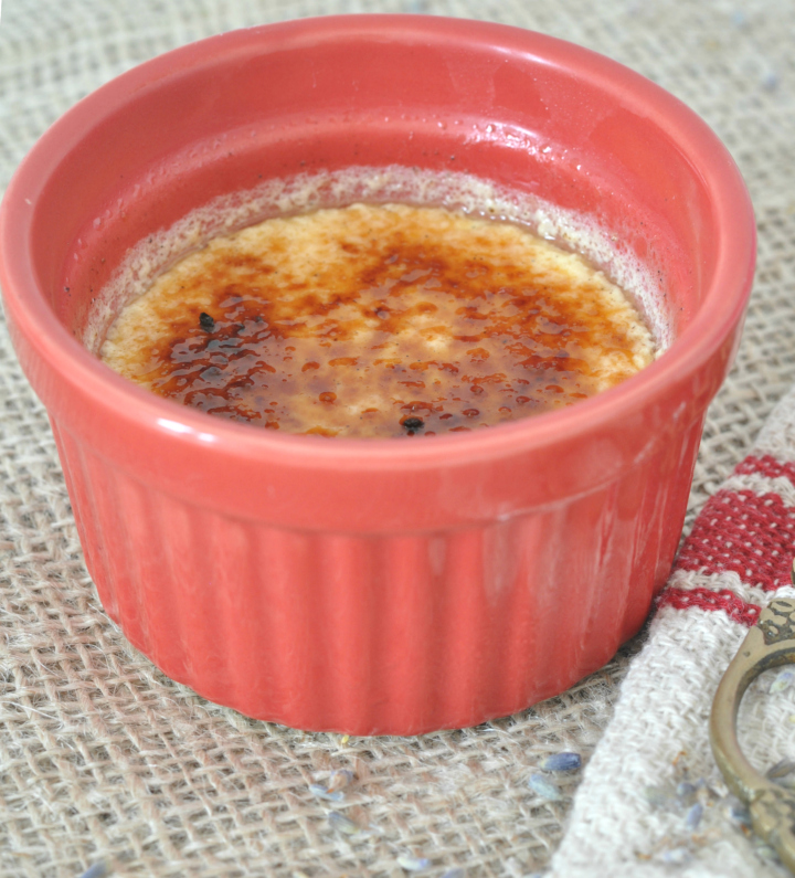Lemony Crème brûlée, a perfect dessert for summer