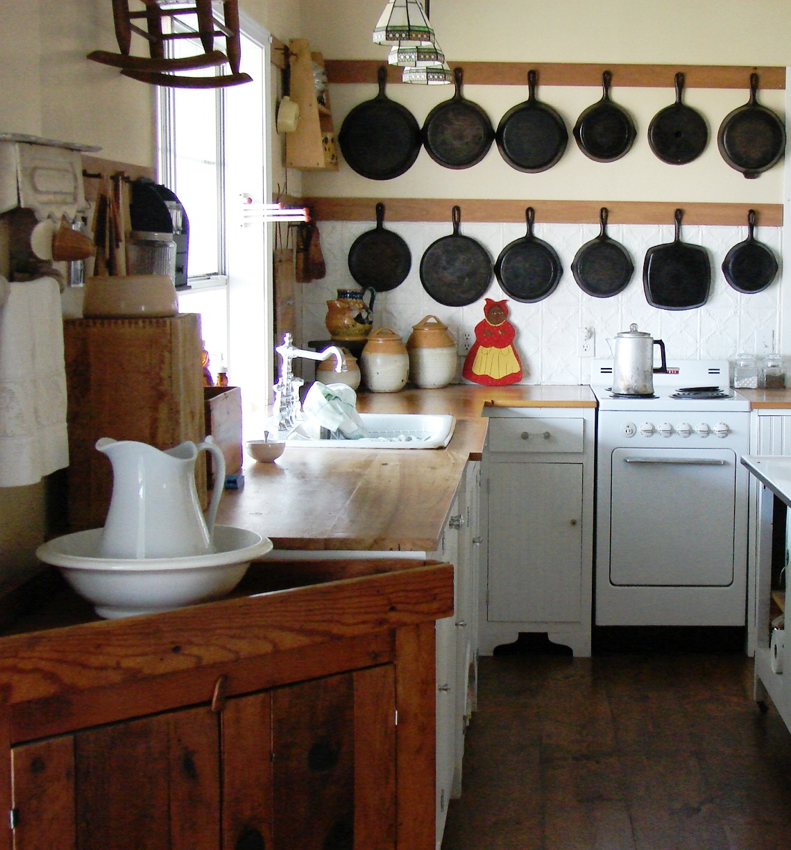 The Country Farm Home: My Kitchen's Hidden Secrets