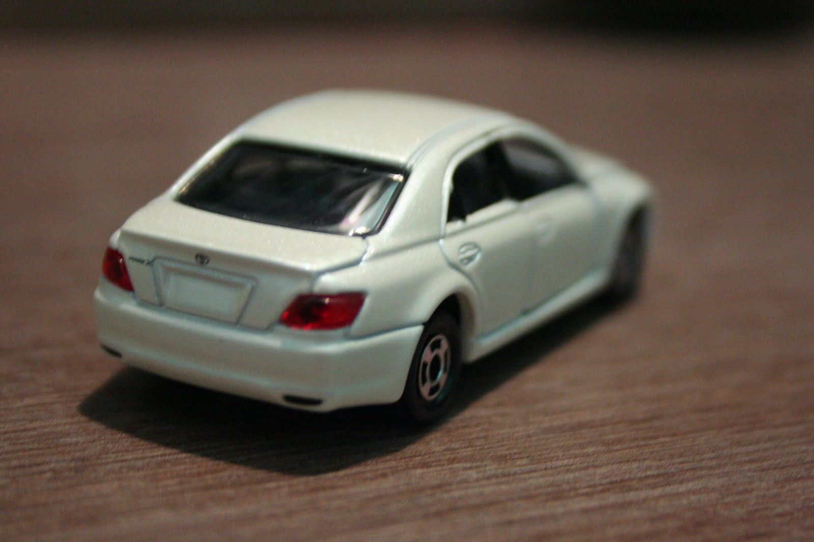Used Prius V >> 1/64 Die-cast Toy Cars....: Tomica - Toyota Mark X (1st Gen)