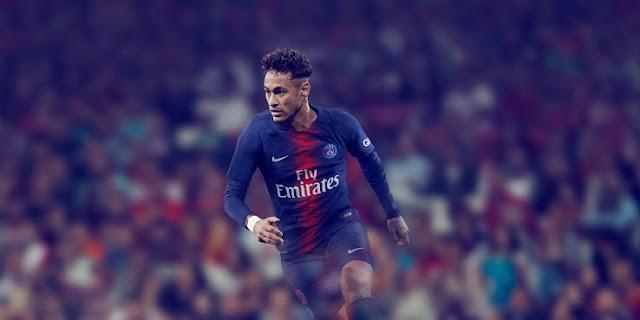 Paris saint-Germain PSG 2018/19 Nike Kit