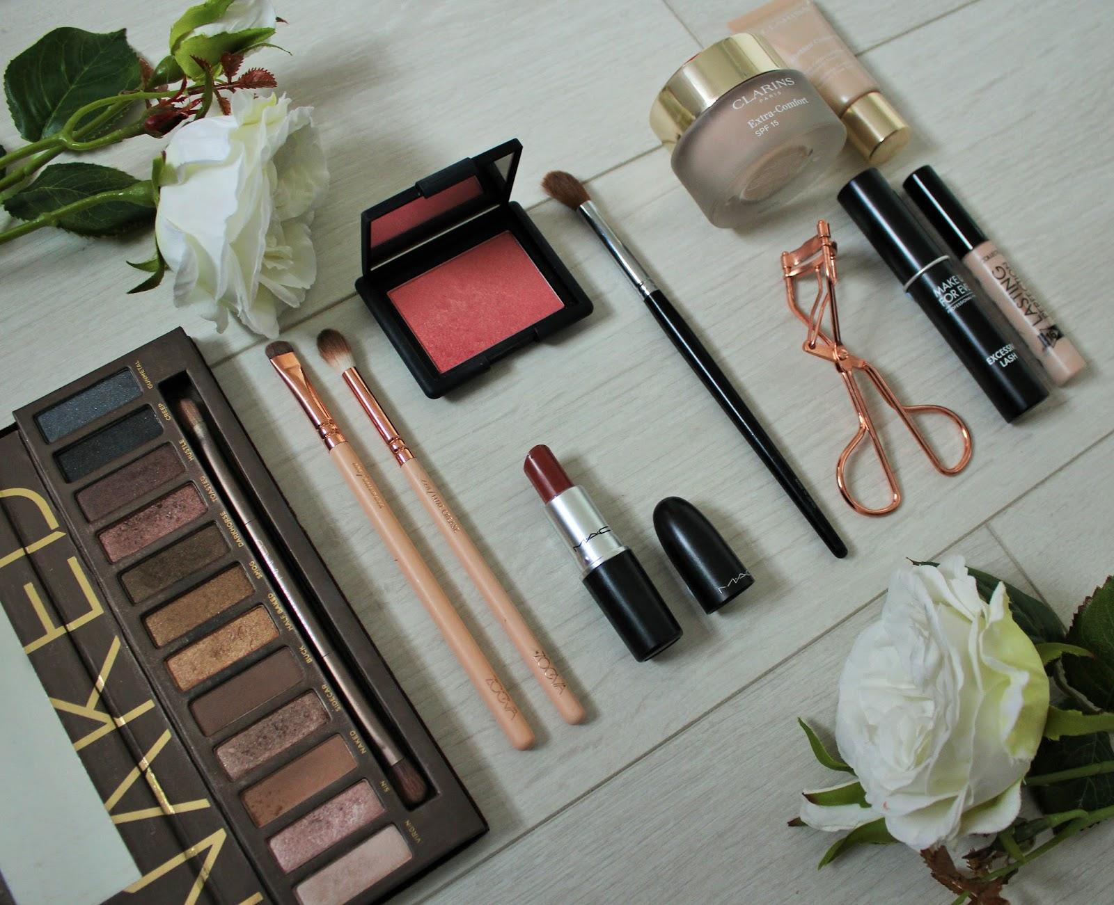Emma Stone Oscars Inspired Makeup Look - 1