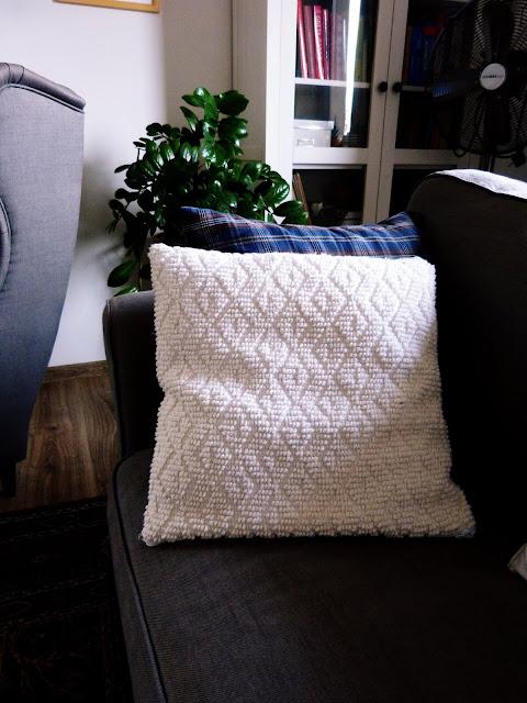 Post poduszkowy