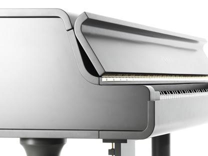 Suono e Design: menzione d'onore al Compasso d'Oro per il pianoforte ZB200 di Zanta Pianoforti, che compie 40 anni.