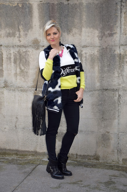 outfit felpa a righe come abbinare la felpa a righe abbinamenti felpa striped sweatshirt how to wear striped sweatshirt outfit novembre 2016 outfit invernali mariafelicia magno fashion blogger colorblock by felym fashion blog italiani fashion blogger italiane blogger italiane di moda web influencer italiane