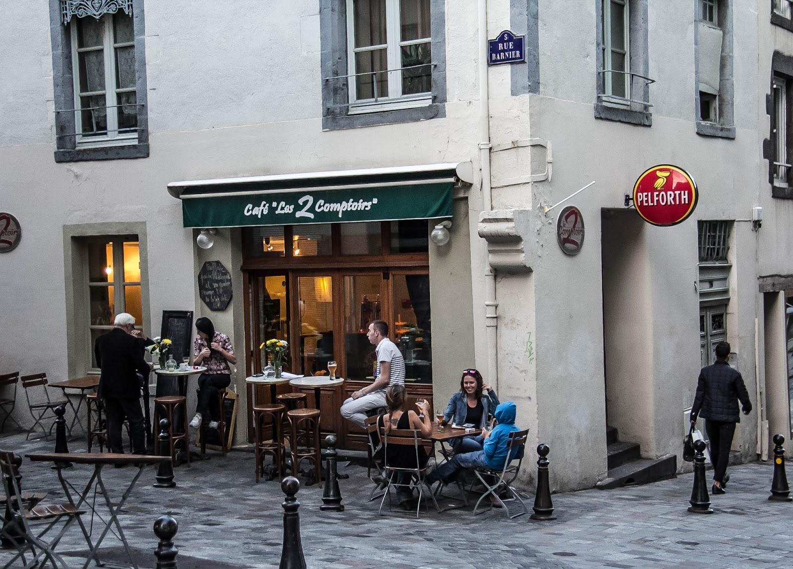 France, Auvergne : Clermont-Ferrand, Puy de Dômes and Charroux ...