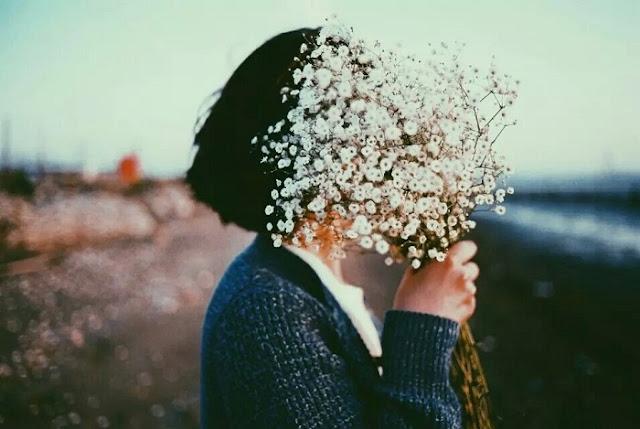 """""""Tổn thương"""" khi xem hình ảnh thất vọng về tình yêu buồn ân hận"""