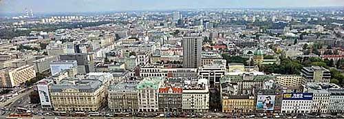 Aus dem Kulturpalast der Panoramablick auf  Warschau