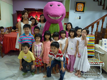 Barney at kid`s birthday party