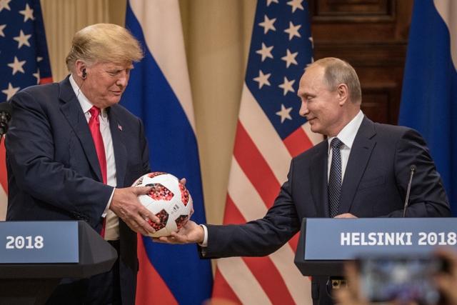 El balón que Putin le dio a Trump tiene un microchip