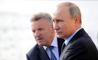 Vladimir Putin and Governor of the Khabarovsk Region Vyacheslav Shport on board of corvette Sovershenny.