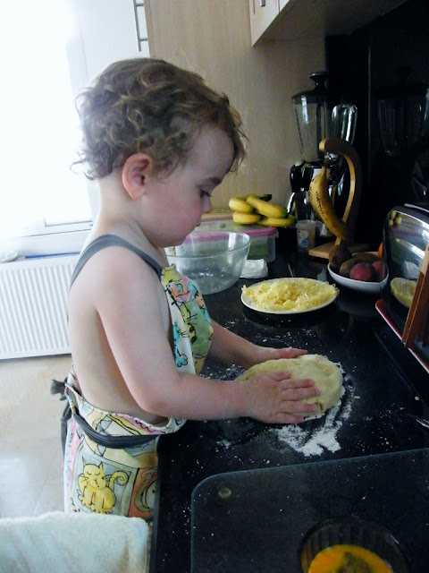 6. Shape the dough or roll until it is 1 inch/2 ½ cm thick.
