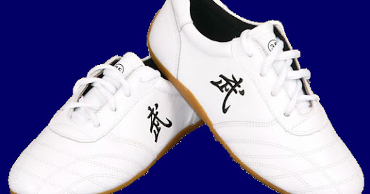Shoes for tai chi