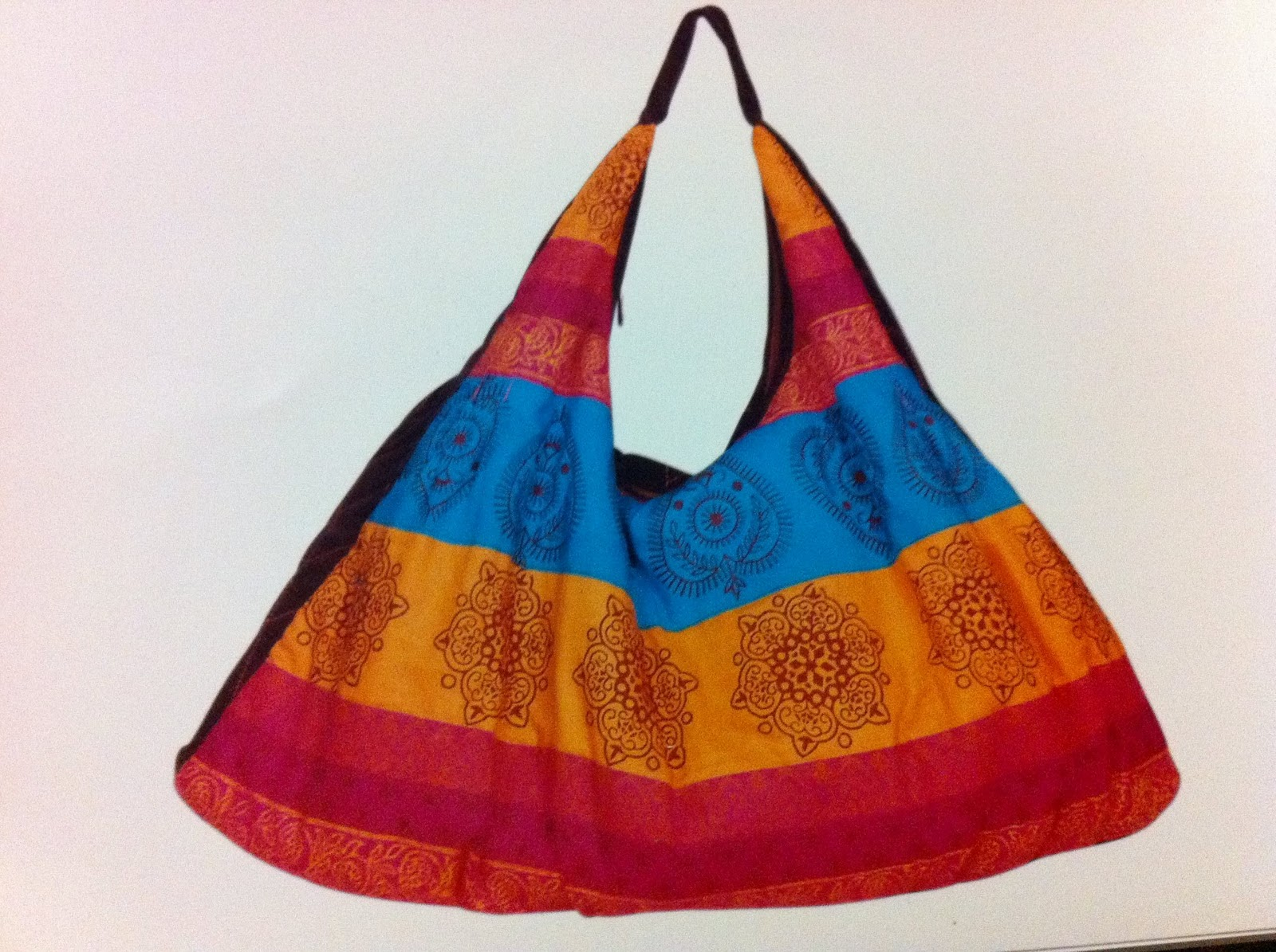 Saba Pirani Presents Hand Bags Collection For Those Who Care About Their Style Elegance Have A Look At Her Colorful Given Below
