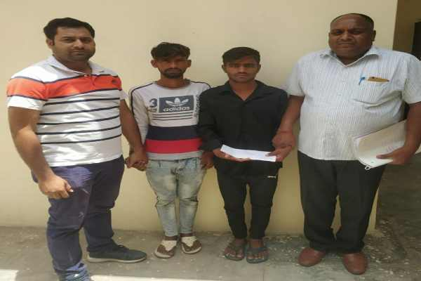 cia-sector-48-arrested-2-chor-chain-snatching-news