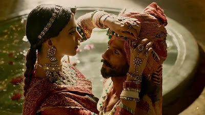 Shahid Kapoor & Deepika Padukone HD Photo