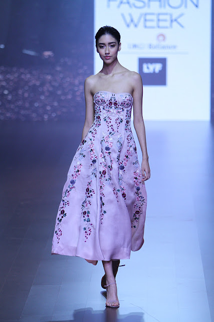 lakme fashion week 2016 summer/resort, indian fashion, Manish Malothra, Verb, SVA, lakme fashion week news, delhi blogger, thisnthat, delhi fashion blogger, indian blogger, indian fashion blogger, Shriya Som, beauty , fashion,beauty and fashion,beauty blog, fashion blog , indian beauty blog,indian fashion blog, beauty and fashion blog, indian beauty and fashion blog, indian bloggers, indian beauty bloggers, indian fashion bloggers,indian bloggers online, top 10 indian bloggers, top indian bloggers,top 10 fashion bloggers, indian bloggers on blogspot,home remedies, how to
