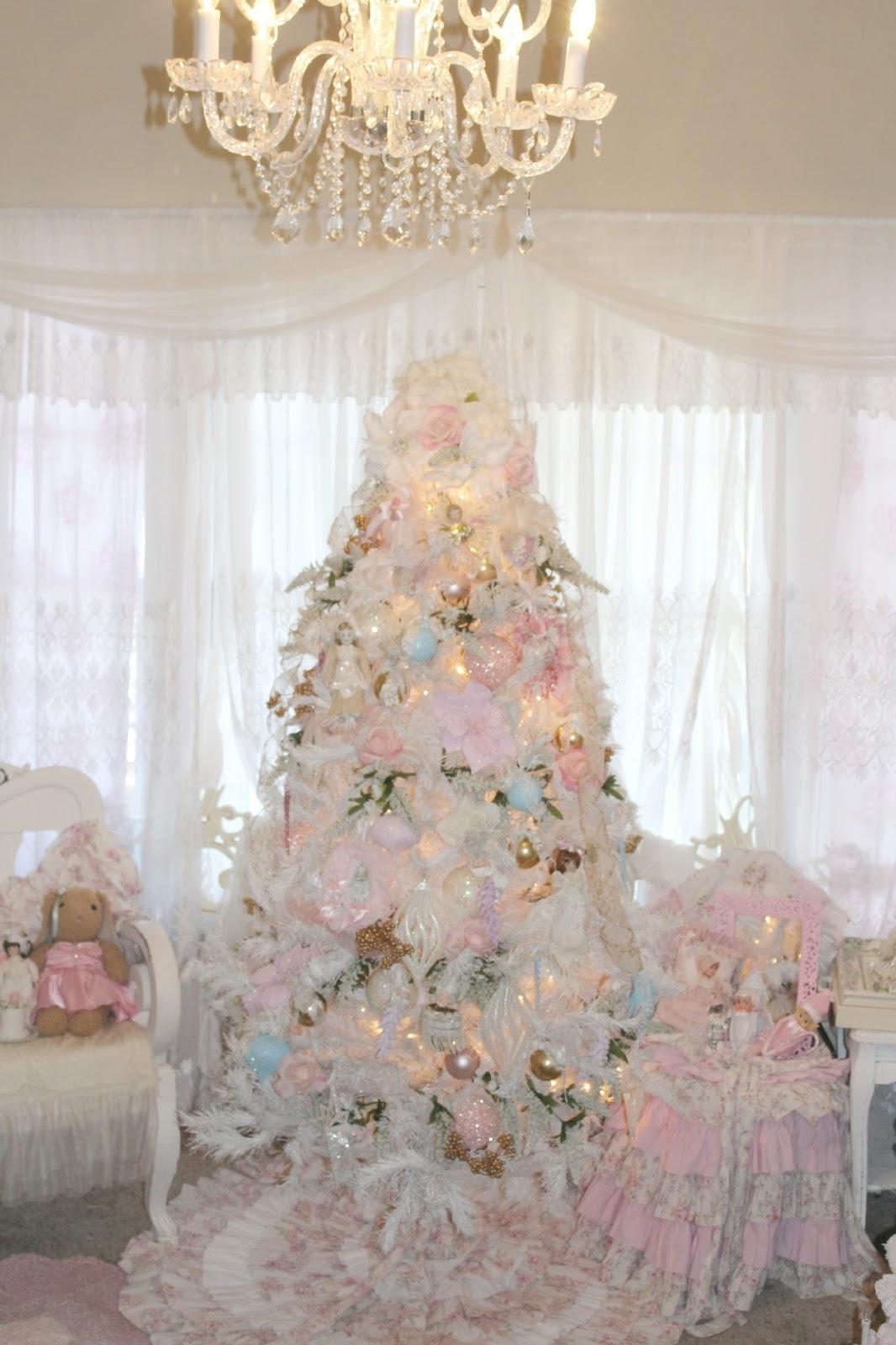 Olivia's Romantic Home: Inexpensive White Christmas Tree ...