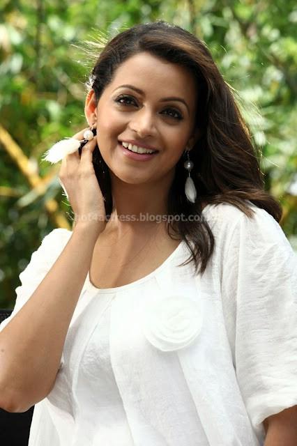 Bhavana latest photoshoot pics